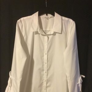 Calvin Klein Tops - Adorable Calvin Klein Button Down Top